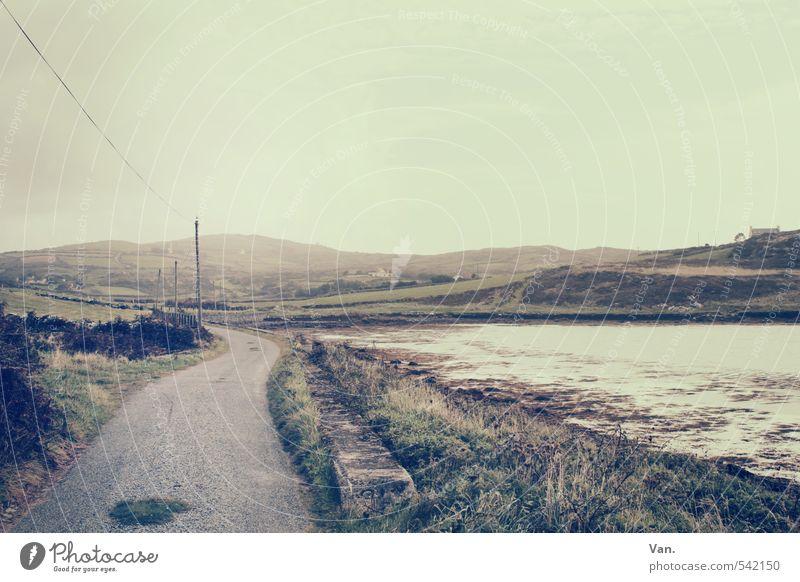 The Landscape is changing Natur Landschaft Wasser Himmel Wolken Herbst Pflanze Gras Hügel Küste Bucht Republik Irland Straße gelb Strommast Farbfoto
