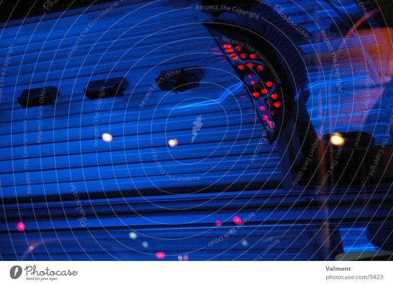 blaues licht Licht Sonnenbank Sonnenstudio Neonlicht Freizeit & Hobby UV