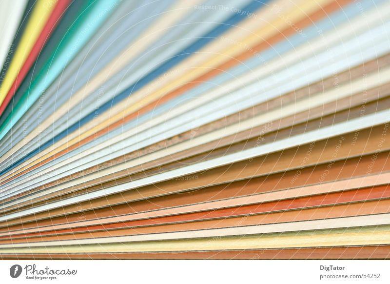 colors Streifen diagonal Muster zielstrebig Farbe Dynamik Bewegung aufs ziel zu Fächer
