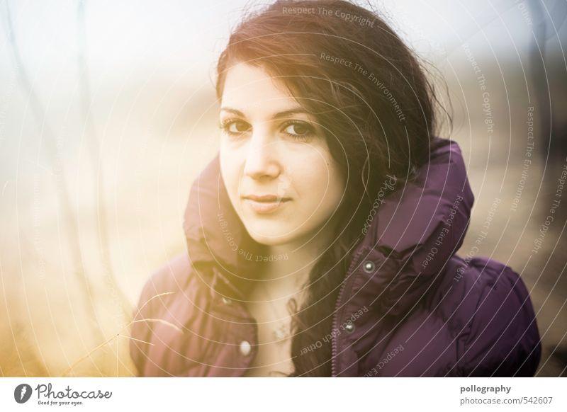 frischer Herbsttag Mensch feminin Junge Frau Jugendliche Erwachsene Leben Körper Kopf 1 18-30 Jahre Umwelt Natur Himmel Schönes Wetter Nebel Pflanze Sträucher
