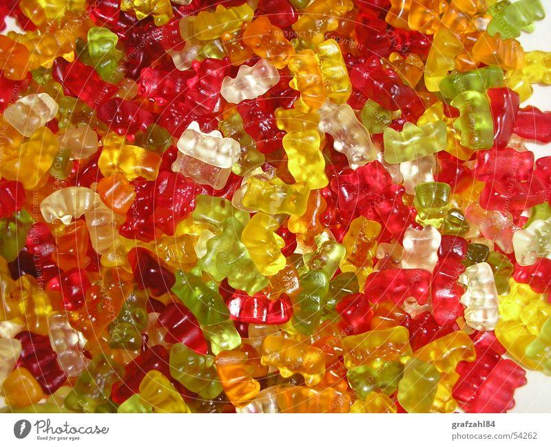 Gummibärenbande grün rot Farbe gelb Ernährung lustig Lampe Süßwaren frisch süß chaotisch durcheinander saftig Regenbogen Mischung Gummibärchen
