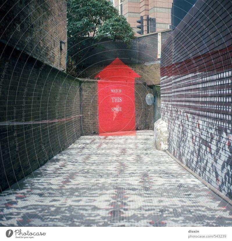 watch this space Ferien & Urlaub & Reisen Tourismus Sightseeing Städtereise Kunst Kunstwerk Gemälde Straßenkunst London Großbritannien Europa Stadt Hauptstadt