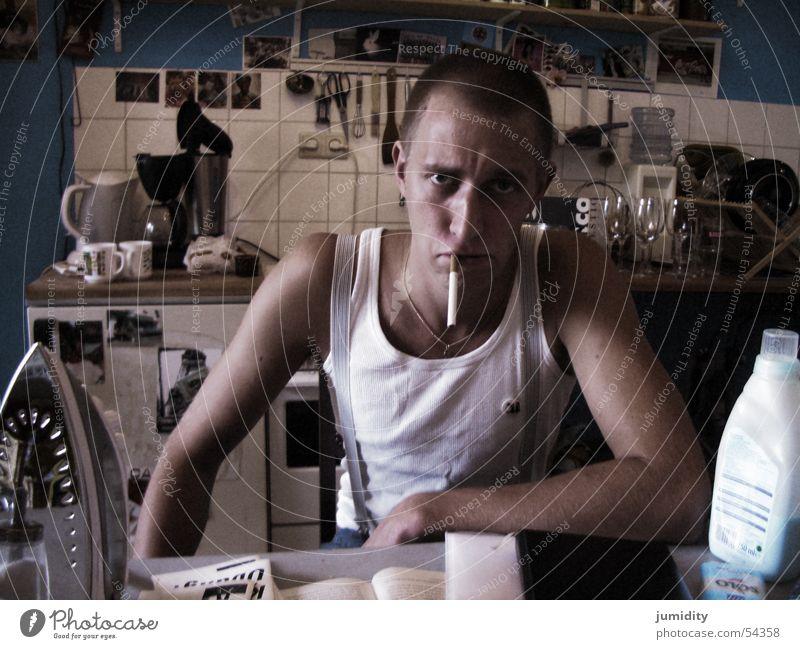 hausmann Mensch Jugendliche Mann 18-30 Jahre kalt Erwachsene Traurigkeit maskulin trist Hausmann