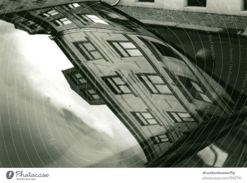 Scheibenklar Himmel Haus Straße Fenster PKW Fensterscheibe Windschutzscheibe Scheibenwischer