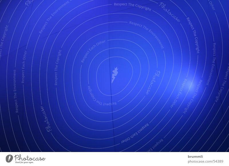 Blaue Sphäre Himmel blau Wand Traurigkeit Nebel leer Unendlichkeit Bühne unklar diffus Lichtpunkt Projektionsleinwand widersetzen Sackgasse