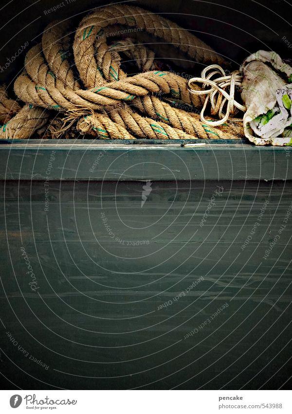 Rømø | Seemannsgarn Zeichen alt dunkel Abenteuer Vergänglichkeit Seil Müll Kiste Schifffahrt Nähgarn Farbfoto Außenaufnahme Nahaufnahme Detailaufnahme