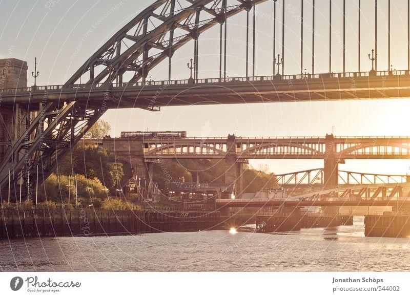Newcastle upon Tyne I Großbritannien England Stadt Zufriedenheit Lebensfreude Warmherzigkeit Pünktlichkeit ästhetisch Brücke Brückenkonstruktion Stahlbrücke