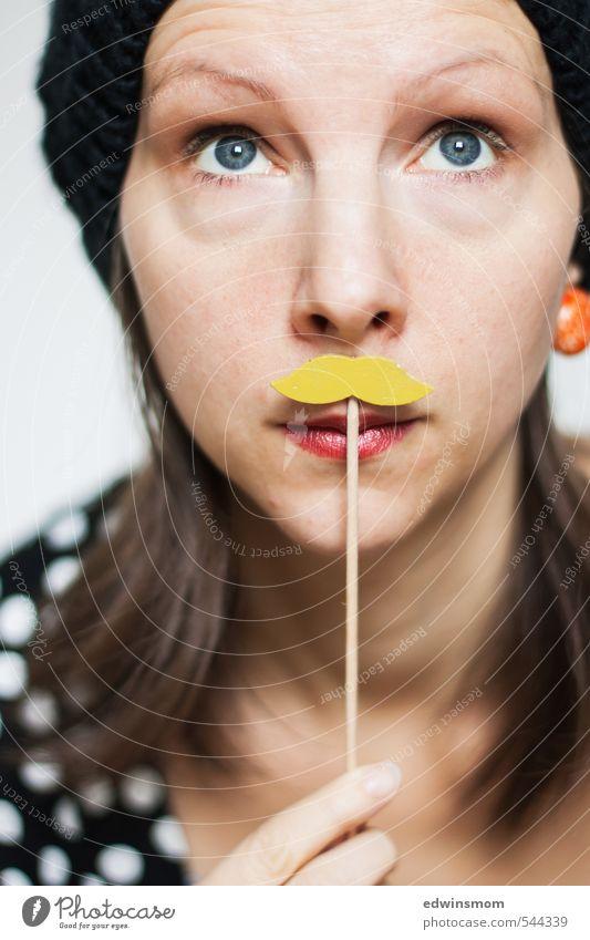 Hipster? Mensch Frau weiß rot schwarz Gesicht Erwachsene Auge gelb feminin Stil Spielen außergewöhnlich Party verrückt Nase