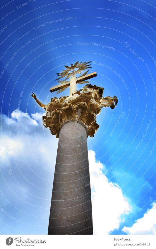 Himmelwärts blau Wolken gold Statue Denkmal Bayern heilig Säule Gott zeigen himmlisch Götter himmelwärts Straubing
