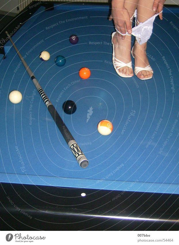 Alternative zum Billard Erotik Schuhe billardtisch Unterhose Beine Kugel köh blau Fuß