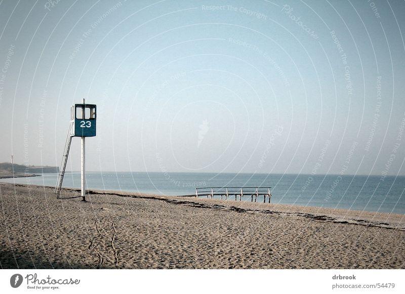 Winterpause Himmel Wasser Ferien & Urlaub & Reisen Meer Strand Einsamkeit kalt Sand Küste leer Turm Nordsee Ostsee Strommast Kies