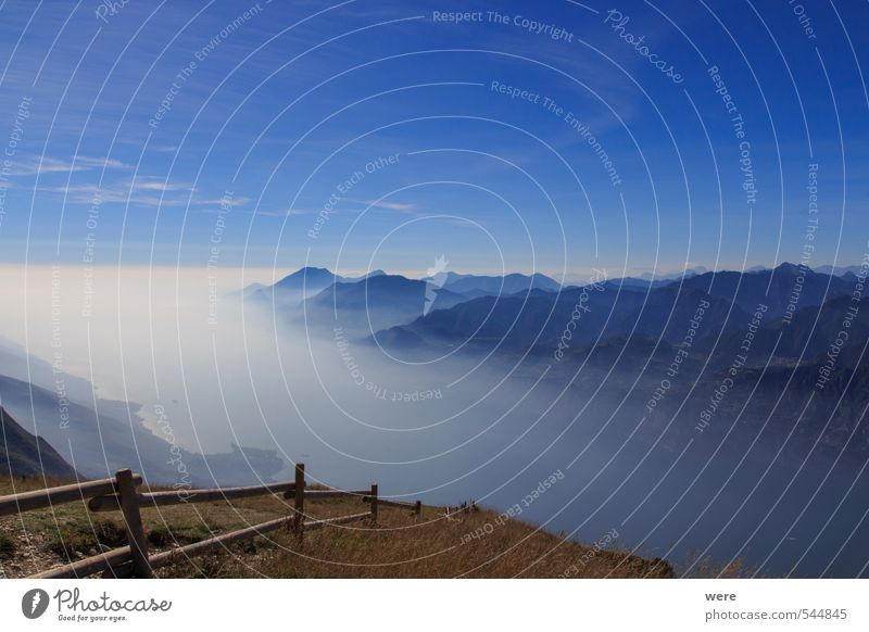 Gardaträume Erholung ruhig Meditation Ferien & Urlaub & Reisen Tourismus Ferne Freiheit Sommer Sommerurlaub Berge u. Gebirge Natur Pflanze Nebel Alpen Gipfel