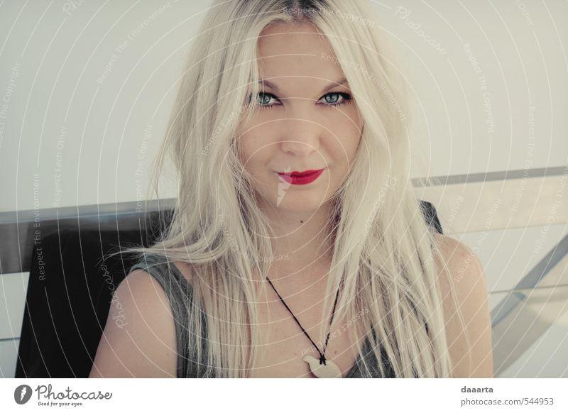 Frau Jugendliche schön Junge Frau Freude Erwachsene feminin Haare & Frisuren Glück Stil außergewöhnlich glänzend elegant blond frei Erfolg