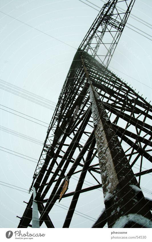 Power Pole Strommast Elektrizität Froschperspektive Himmel Energiewirtschaft blau power pole electricity sky worms eye blue
