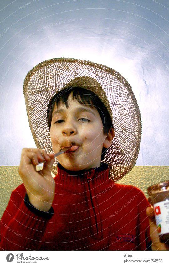 Choco-light 2 Freude Ernährung Junge lachen Beleuchtung klein Fröhlichkeit süß Cowboy