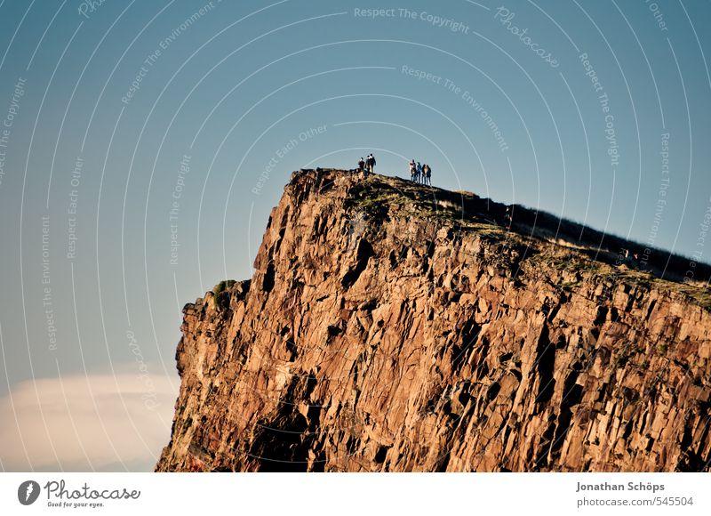 Edinburgh XXI Natur Ferien & Urlaub & Reisen blau Landschaft Umwelt Berge u. Gebirge braun Felsen wild wandern ästhetisch Schönes Wetter Urelemente Hügel
