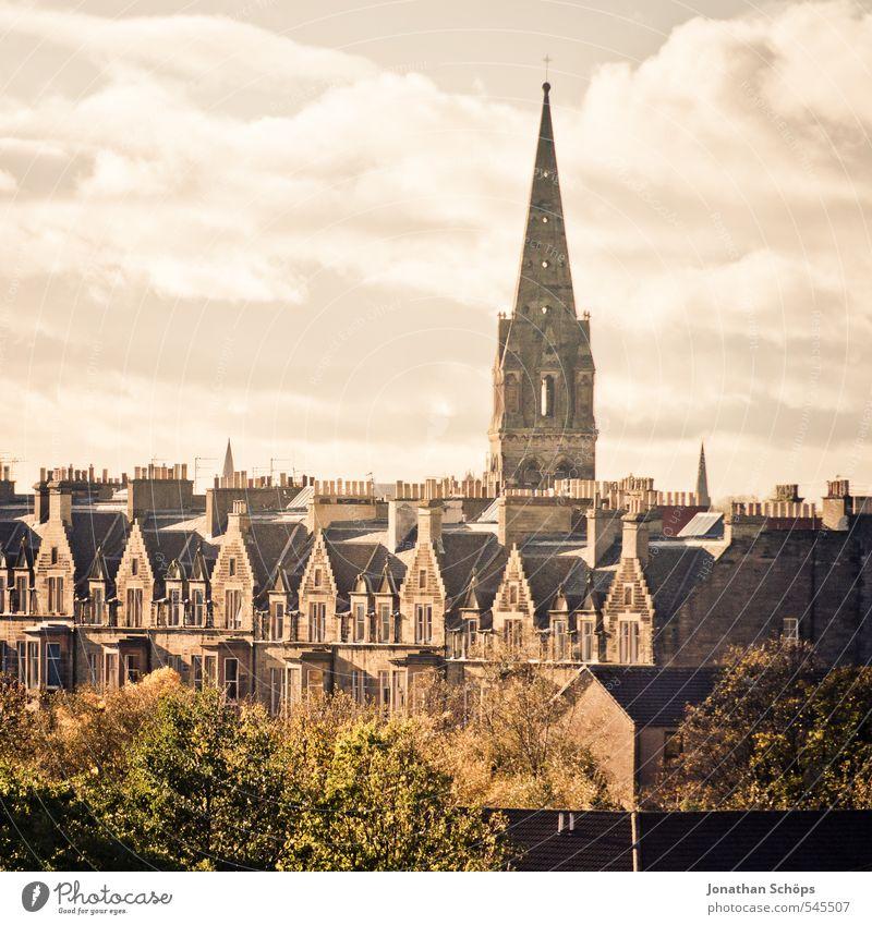 Edinburgh VIII Schottland Großbritannien Stadt Hauptstadt Altstadt Skyline bevölkert Haus Kirche Bauwerk Gebäude Architektur Dach Schornstein ästhetisch