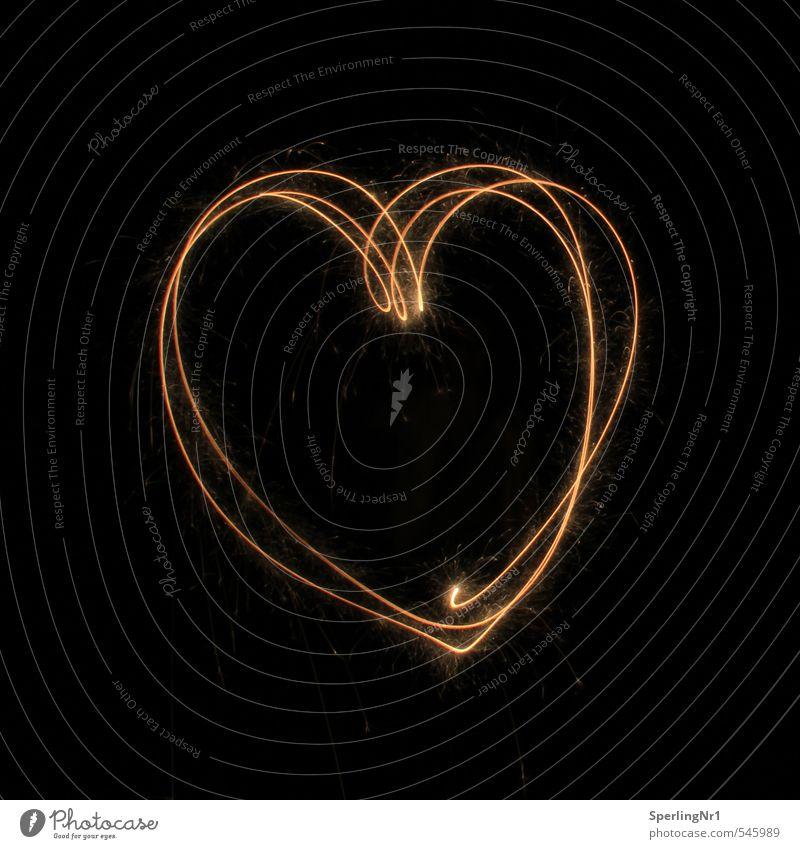 Feuerwerk der Gefühle rot schwarz gelb dunkel Liebe Glück Feste & Feiern Zusammensein orange gold Herz Lebensfreude Romantik Vertrauen Silvester u. Neujahr