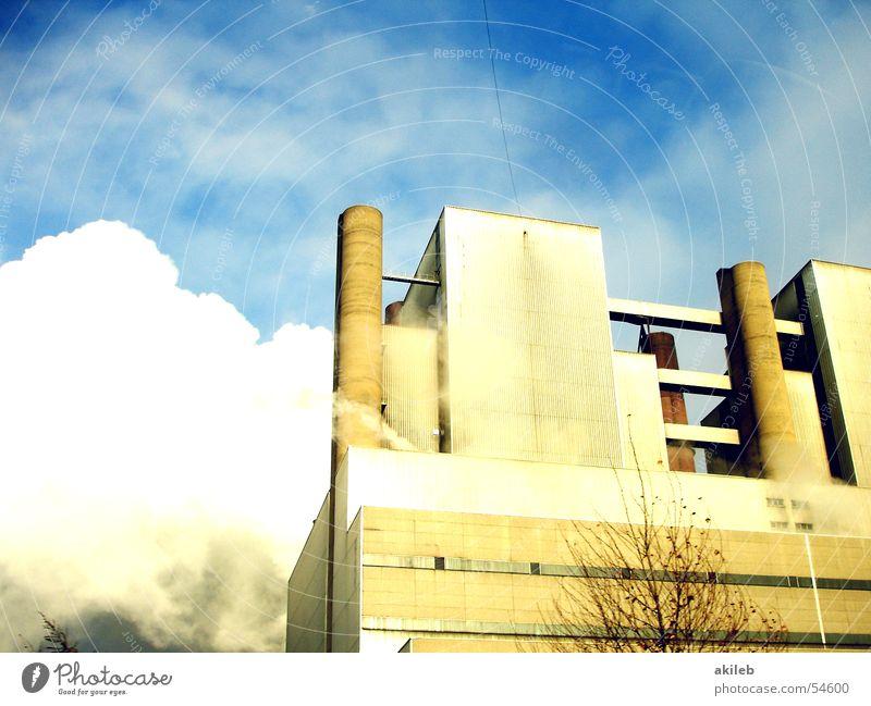 Kraftwerk Himmel blau Industriefotografie Fabrik Schornstein Wasserdampf