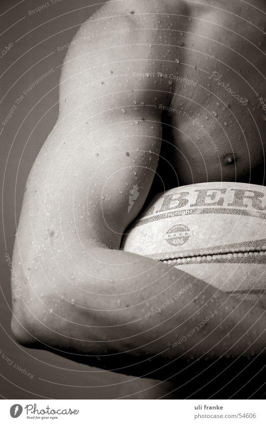Rugby05 Rugbyspieler Rugbyball Mann maskulin nackt Führerhaus Akt Muskulatur Ball Sport Sportler