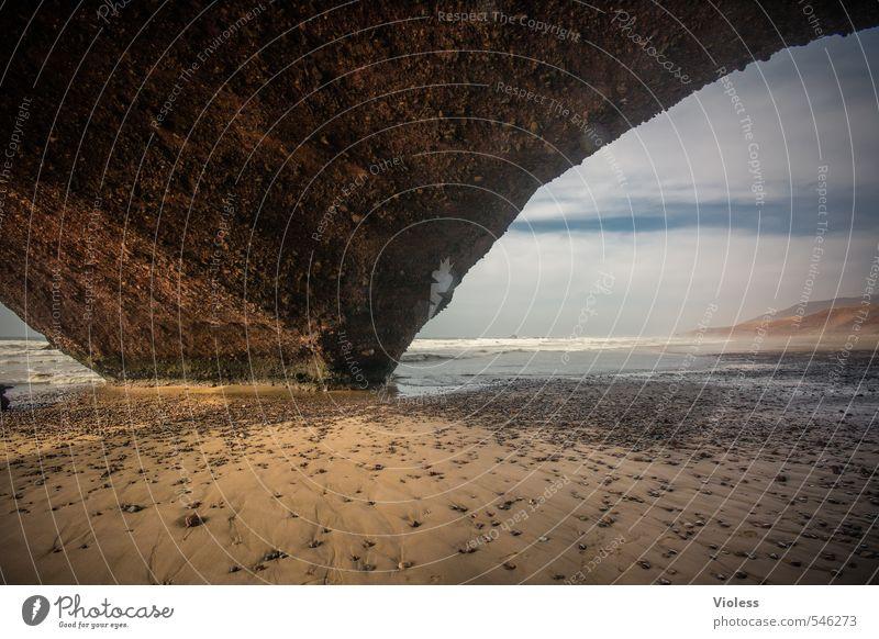 Auf die Spitze treiben Natur Ferien & Urlaub & Reisen Sommer Meer Erholung Landschaft Strand Umwelt Küste Stein Sand außergewöhnlich Kraft Wellen Erde Tourismus