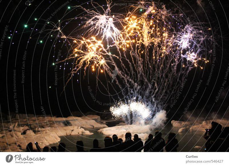 Feuerwunder Mensch Ferien & Urlaub & Reisen weiß Wasser Meer Landschaft schwarz gelb dunkel Schnee See Feste & Feiern Menschengruppe Eis leuchten Abenteuer