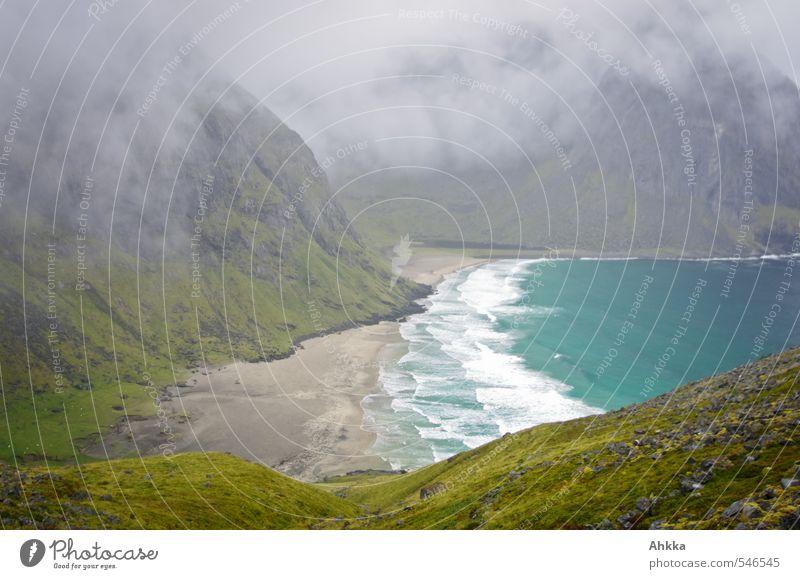 Nebelbucht Natur blau grün Meer Erholung Einsamkeit Landschaft ruhig Wolken Strand Berge u. Gebirge Küste Stimmung Wellen wandern Perspektive