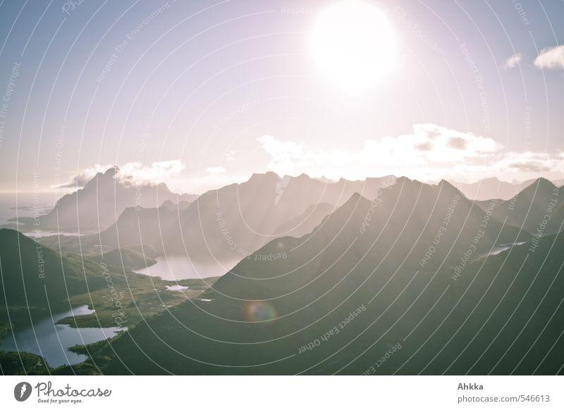 Lofoten XX Natur schön Landschaft ruhig Ferne Berge u. Gebirge Freiheit See Horizont Stimmung Nebel Zufriedenheit Klima Schönes Wetter ästhetisch Zukunft