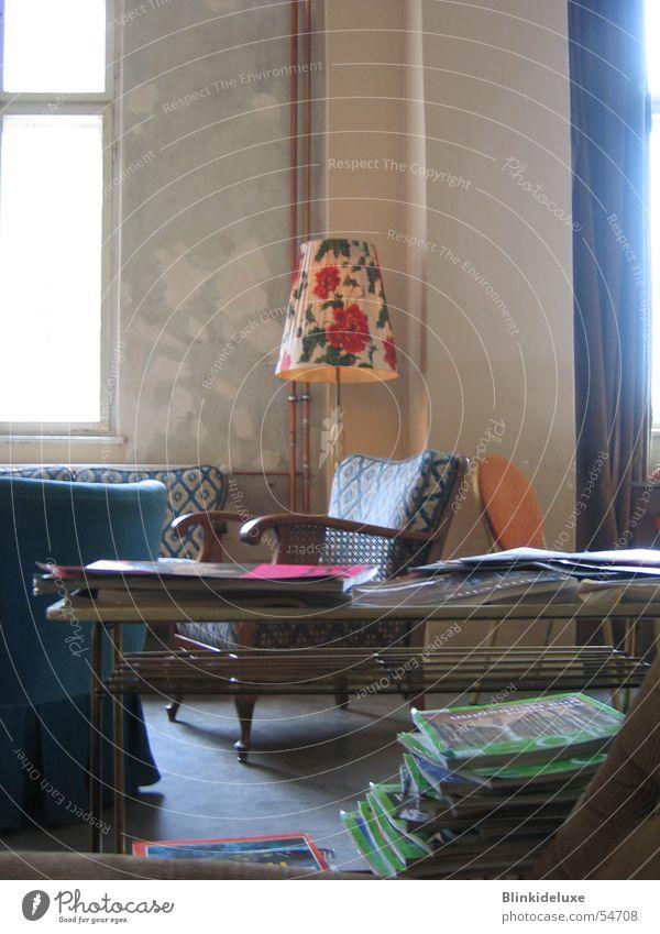 Bar Lampe Stil Stimmung Raum lesen Bar gemütlich Zeitschrift Sessel Kaffeetrinken
