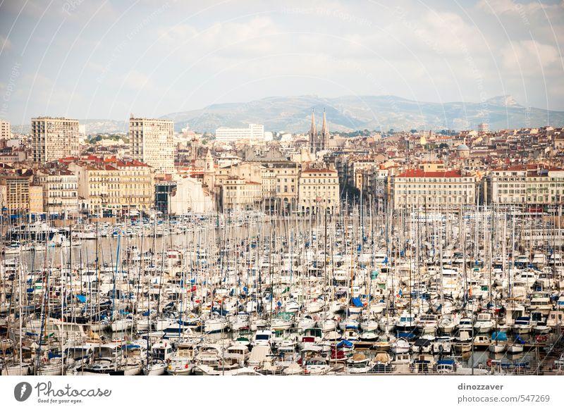 Hafen, Vieux-Hafen von Marseille Ferien & Urlaub & Reisen Tourismus Sightseeing Meer Haus Landschaft Hügel Kleinstadt Stadt Skyline Kirche Gebäude Architektur
