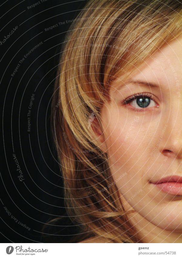 Halbe Sachen ! Frau Gesicht schwarz Auge Haare & Frisuren Mund blond Nase Model