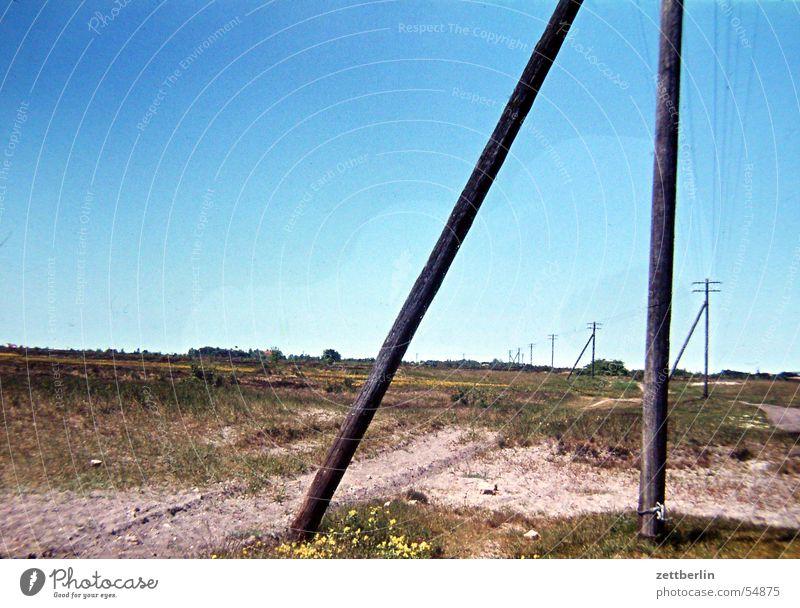 Hiddensee Himmel Meer Einsamkeit Ferne Freiheit Landschaft Ostsee Steppe Telefonmast himmelblau Sandweg