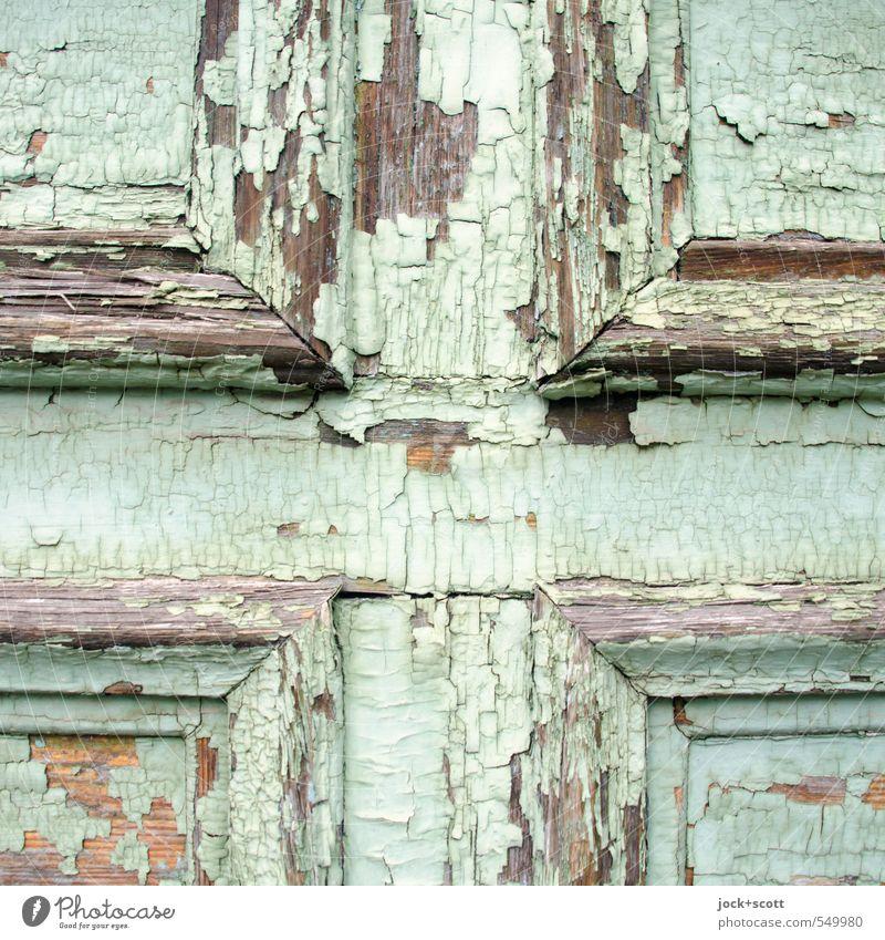 ALT + PLUS Tür Holz eckig einfach nah türkis Verfall Vergangenheit Zerstörung Lack Farbschicht abblättern Kreuz alt Zahn der Zeit verwittert Riss Detailaufnahme
