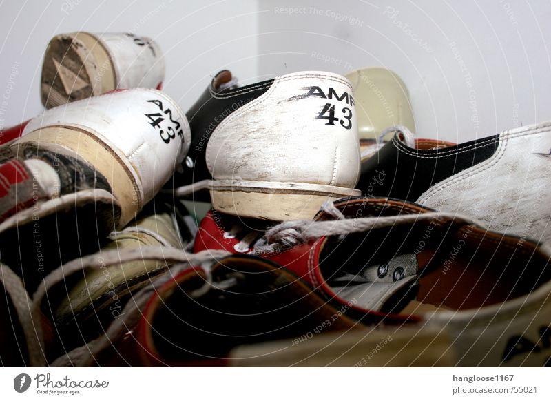 Bowling Schuhe Turnschuh Schuhsammlung Bowlingschuhe Freizeit & Hobby Sammlung schuhfach nr. 43 Innenaufnahme