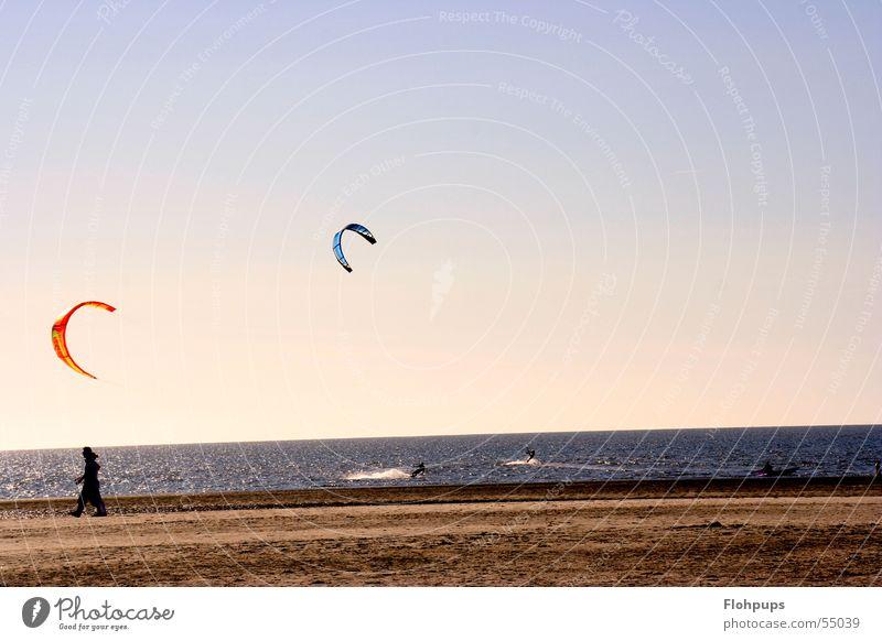 Kiter Strand Kiting St. Peter-Ording Meer Sand Spaziergang