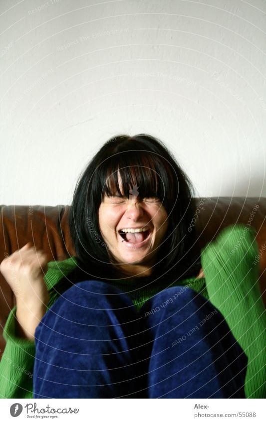 Schrei Frau schön Freude schwarz lachen Haare & Frisuren süß Sofa schreien Pullover Leder