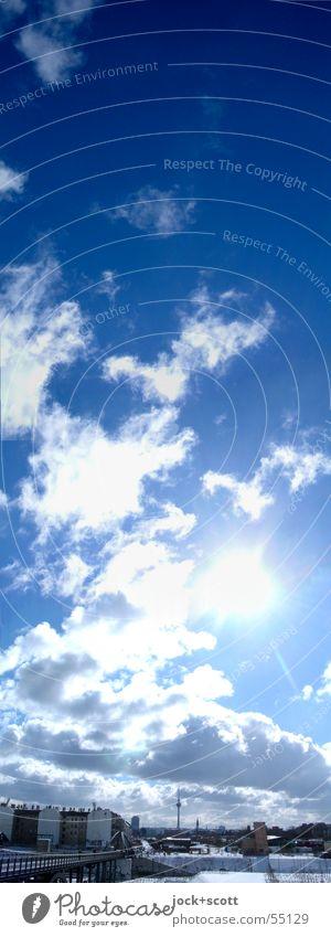Wolkenwinter blau weiß Sommer Sonne Haus kalt Glück oben Stimmung Horizont Luft leuchten groß Klima Schönes Wetter