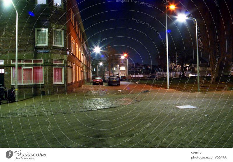 Transvaal blau Haus Straße dunkel kalt Fenster PKW hell Stimmung klein groß hoch Europa Technik & Technologie Sauberkeit
