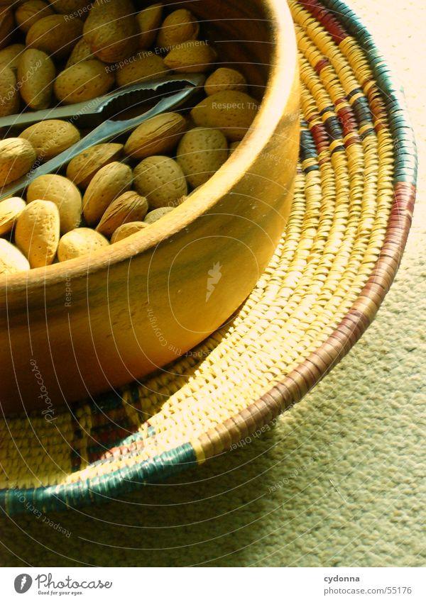 Die Nussknackersuite Ernährung Lebensmittel brechen Licht Teppich Holz Korb Schalen & Schüsseln Schatten
