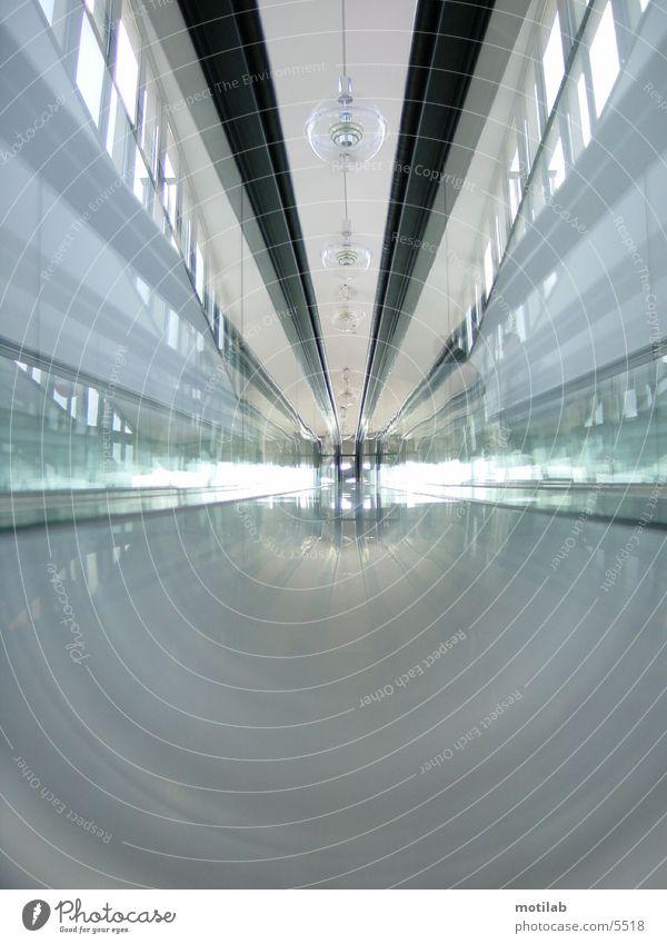 Im RolltreppenTunnel Bewegung Fototechnik Glas Unschärfe
