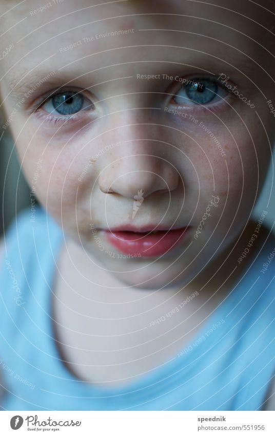 liebste Rotznase Kindererziehung Kindergarten maskulin Junge Kopf Gesicht 1 Mensch 3-8 Jahre Kindheit T-Shirt beobachten Blick dreckig Freundlichkeit frisch