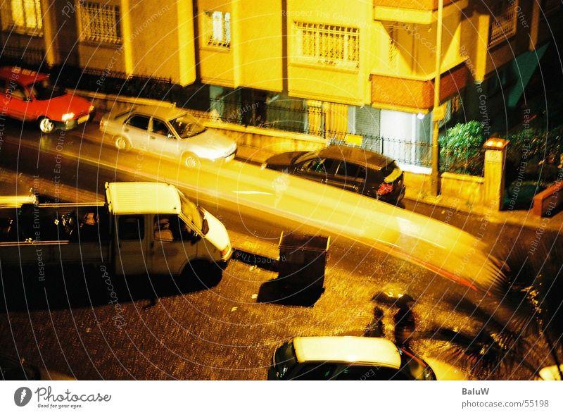 wusch.... Straße PKW Istanbul Bakirköy