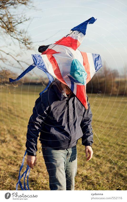 Zum Abflug bereit Mensch Natur Jugendliche Freude 18-30 Jahre Junger Mann Erwachsene Umwelt Leben Wiese Herbst Freiheit Stil Kopf Freizeit & Hobby Lifestyle