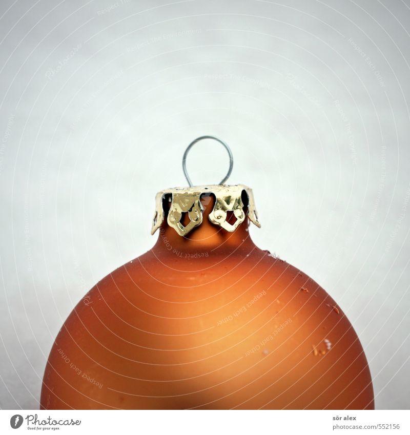 Krone Weihnachten & Advent Winter kalt Schnee Feste & Feiern orange Vorfreude Christentum Christbaumkugel Weihnachtsdekoration Baumschmuck Familienfeier