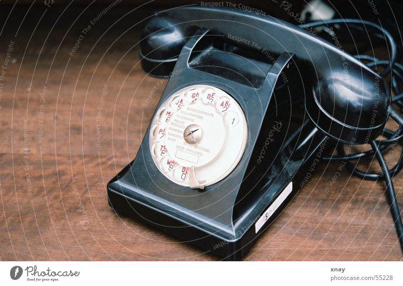 Telefon? Antiquität Flohmarkt braun Holz Schwarzweißfoto
