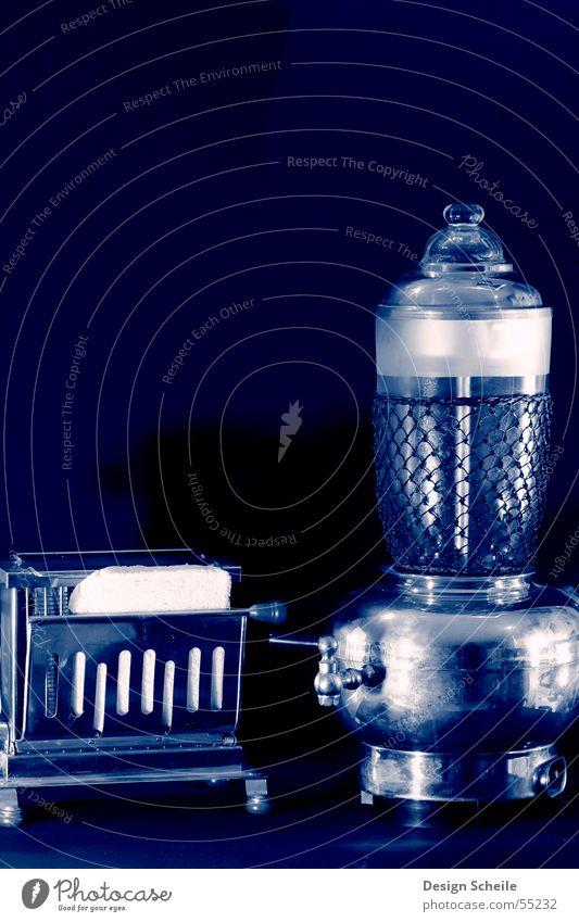 Kaffee oder Toast tosen Dinge Maschine Elektrisches Gerät Haushalt detailansicht Haushaltsgerät alte maschinen frühstück.
