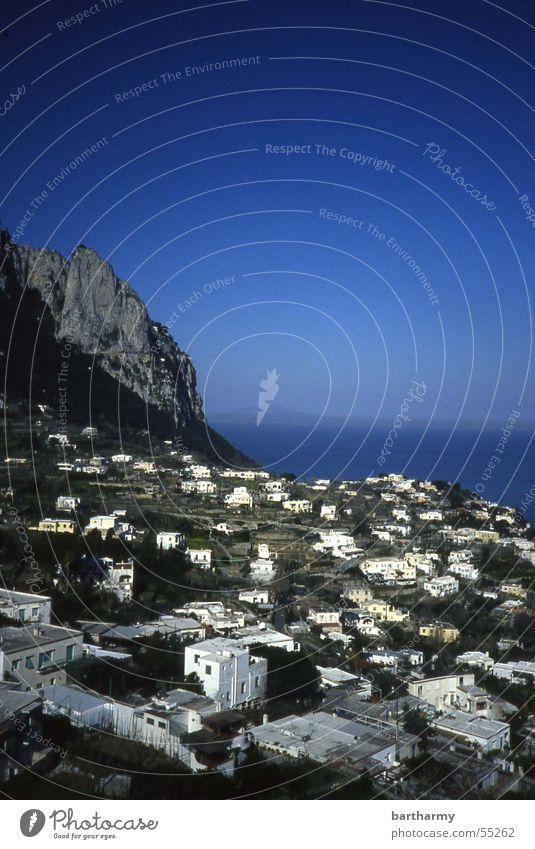 capri_ohne rote sonne Himmel Meer blau Haus Berge u. Gebirge Capri