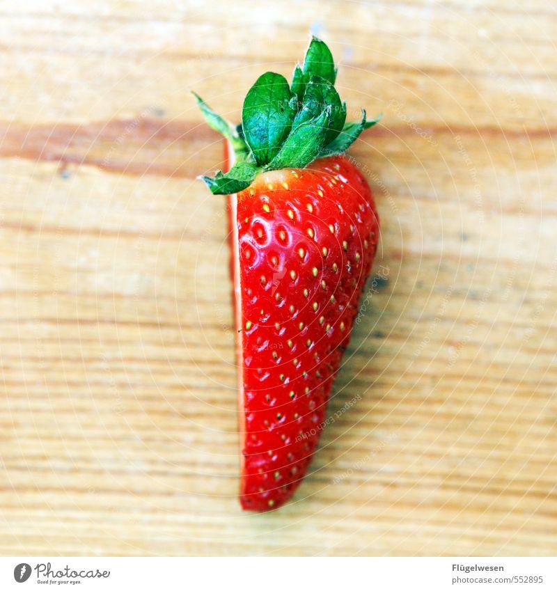 Halbe Sachen schön Essen Gesundheit Garten Lebensmittel Frucht Zufriedenheit Wachstum Ernährung Tisch Picknick Fasten Diät Dessert Erdbeeren Salat