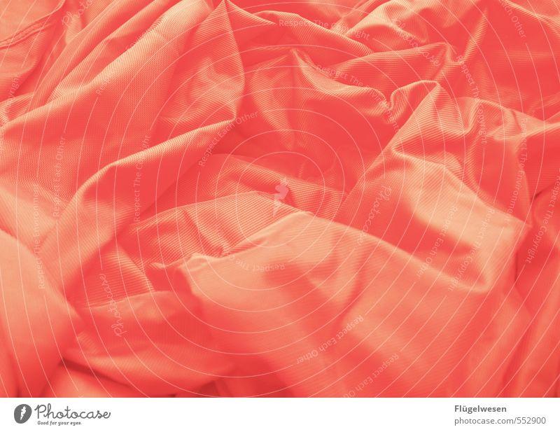Das ist für ihn ein rotes Tuch Stil Lifestyle Mode orange Design elegant Bekleidung Kleid Stoff Falte Fell Hemd Schmuck Anzug Reichtum