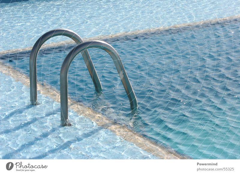 SwimAround blau Ferien & Urlaub & Reisen Sommer Erholung Wellen Wind glänzend Schwimmbad tauchen Teilung abwärts Becken Chrom auftauchen Seepferdchen